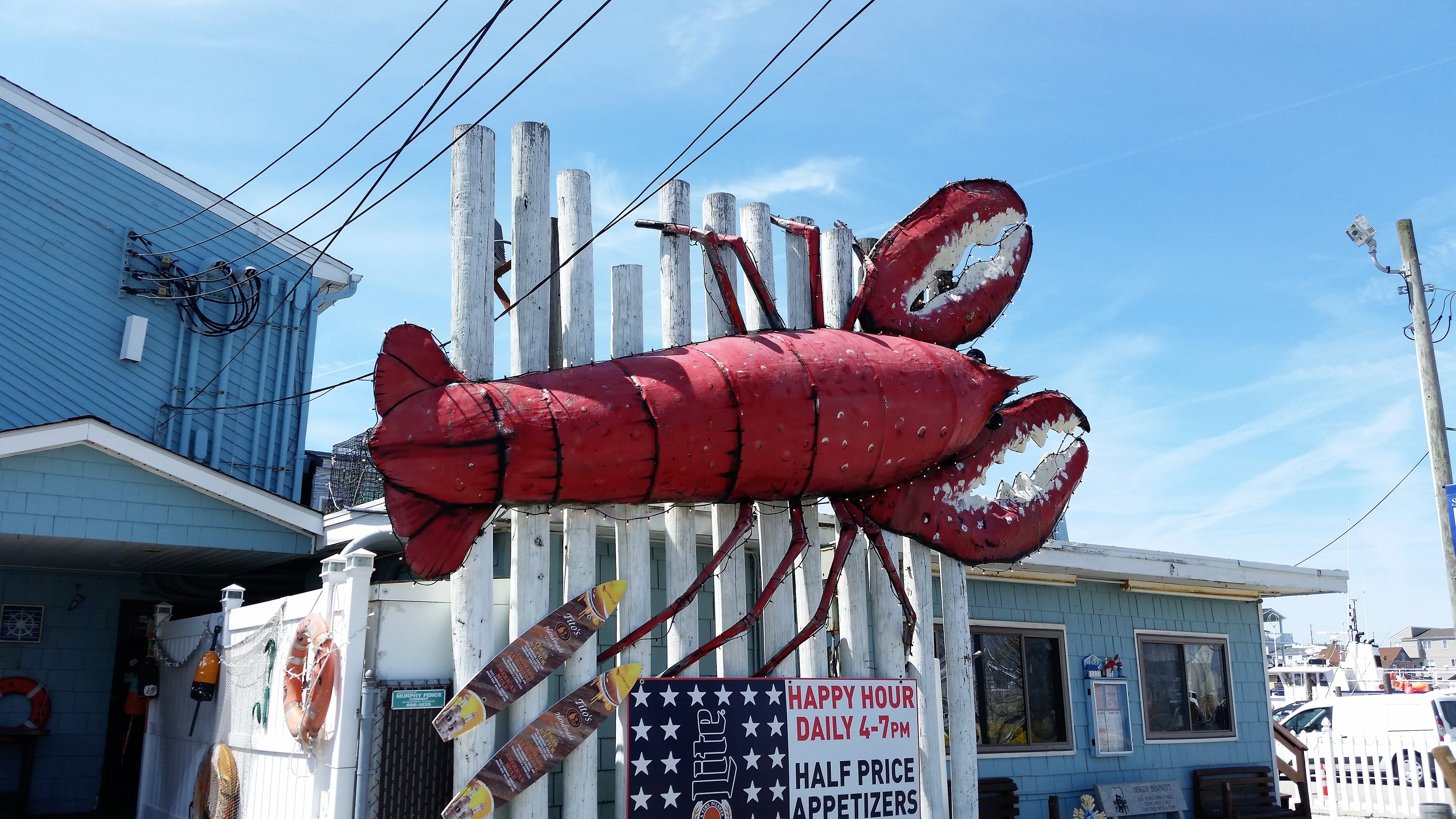 giant landmark lobster to be auctioned off in sea isle | sea isle news